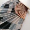 abanico geometrico gris